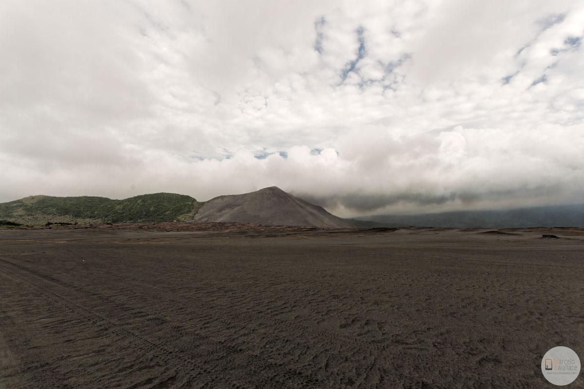 travel to vanuatu, tanna island